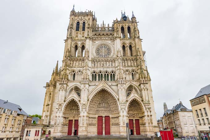 The Celestial Beauty Of Gothic Cathedrals - Youth Time Magazine