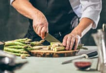 Preparing an asparagus