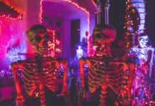 Halloweeen party Photo NeONBRAND on Unsplash