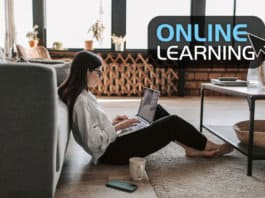 Young woman studying an online course / Photo: Vlada Karpovich