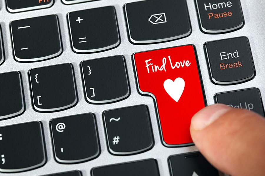 Computer keyboard key with find love